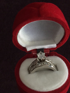 THIS REAL DIAMOND WEDDING RING SET IS FABULOUS