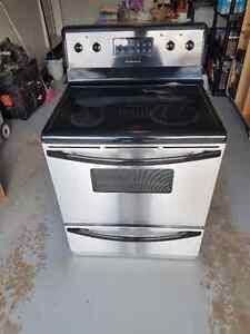 Fridgidaire metal stove