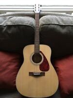 Yamaha Acoustic Guitar F325 Series with Case