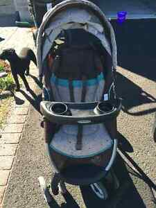 Grace Fast Action Click Connect Stroller Kingston Kingston Area image 2