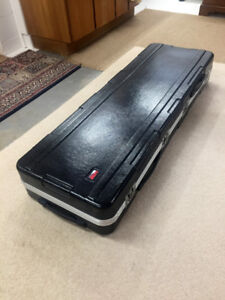 Gator Case - fullsize piano keyboard case