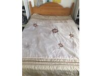 Wooden frame double bed with matrass