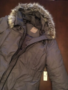 MATERNITY winter jacket (never worn, tags on)