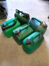 5 petrol cans