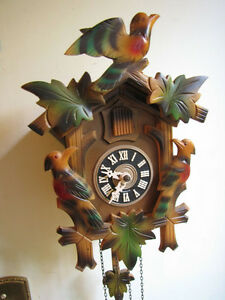 Beautiful , vintage Cuckoo clock, Mint!!!!