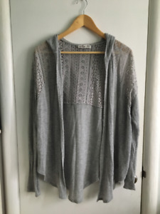 Set of Women's Sweaters/Button-Downs (5)