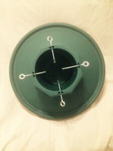 Large Heavy Duty Green Plastic Christmas Tree Stand