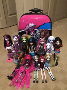 Monster High Dolls with Suitcase