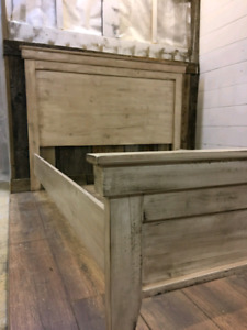 Queen Bed. Solid Wood. Furniture