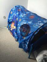 Kids bed/tent bed