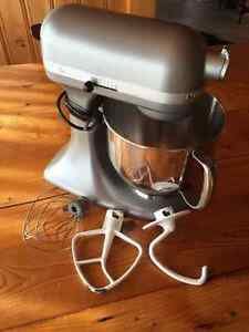 Ktichenaid Accolade 400 5qt Stand Mixer (Stainless Steel Colour)
