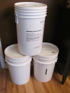 5 GALLON PLASTIC BREWING PAILS