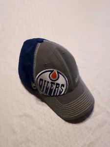 Edmonton Oilers hats. Reebok L/XL Flex fit