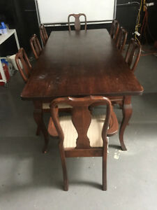 MUST SELL! A real gem of a dining set!