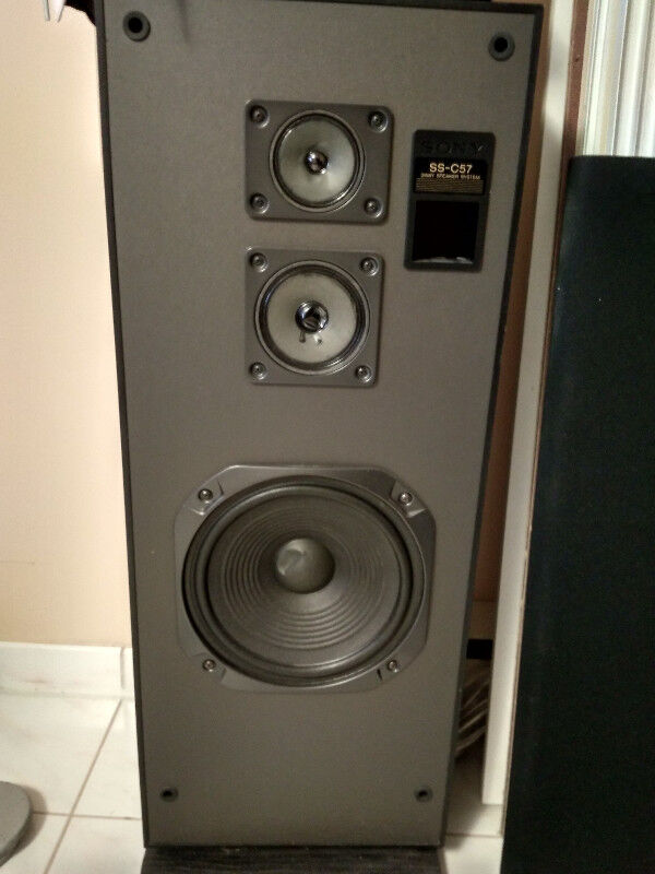 Selling 2 Big Sony Speakers Ss C57 Home Audio System