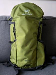Arc'teryx Brize 25 Backpack - Creekside