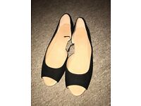 H&M - Peeptoe - Dolly Shoes - Size 5 - Black