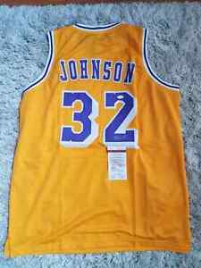 MAGIC JOHNSON autographed Lakers jersey, JSA authenticated!