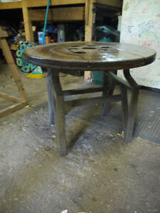 round hydro spool top table. solid wood metal base London Ontario image 2