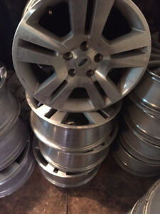 4 Mags Ford 17 Pouces 5x115