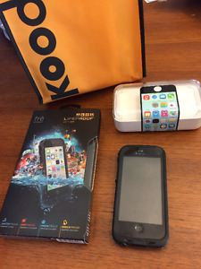 iPHONE 5C WITH BRAND NEW LIFEPROOF CASE
