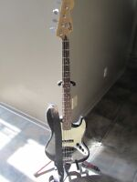 Bass Fender Squire Master