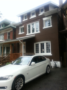 22 Gibson Ave / King Street 3 Bedroom, 1 Bath , Renovated Clean
