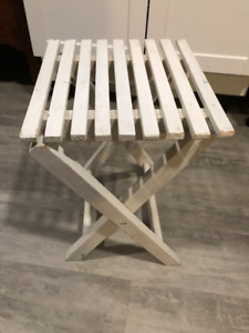 White wooden folding table/stand