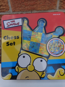 Collectible SIMPSONS Chess Set:  Great Simpsons Figures!