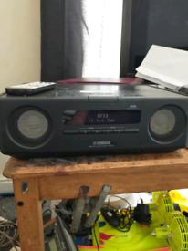 YAMAHA DAB RADIO WITH IPOD DOCKING STATION