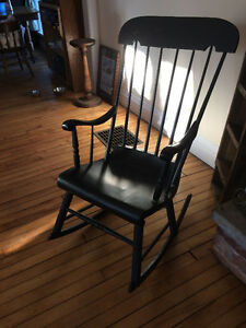 Windsor/Boston style antique rocking chair
