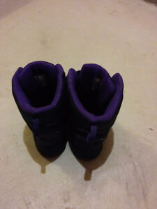 Girl's size 5 snow boots Kitchener / Waterloo Kitchener Area image 2