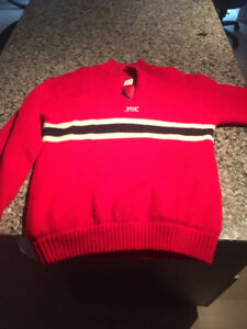 RARE VINTAGE MEN'S HELLY HANSEN SWEATER 100 % WOOL (XL)