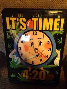 "A ""420"" clock Cambridge Kitchener Area image 1"