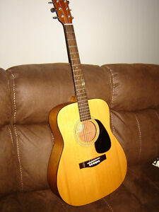 Yamaha Eterna Acoustic Guitar