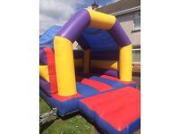 Bouncy castle 11x15