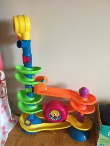 Baby Music: Fisher-Price Cruise and Groove Ball Play Set