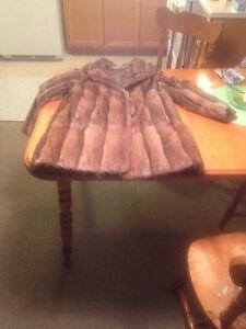 Étole de vison et manteau de fourrure West Island Greater Montréal image 3