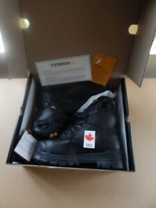 Safety Shoes, Brand NEW, Never Worn, Orig. Box/Price Tag