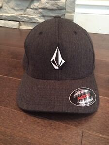 Flexfit l/xl hat BRAND NEW