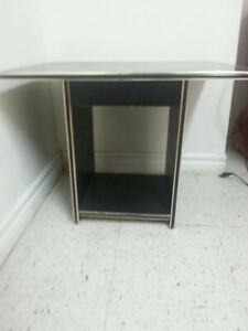 2 Side Tables and Coffee Table