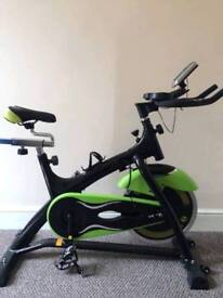 MINT CONDITION CINTURA 20KG FLYWHEEL SPIN BIKE
