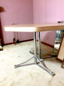 Kitchen Table Buy Or Sell Dining Table Sets In Windsor Region Kijij