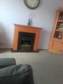 lovely fire and surround comes with remote control
