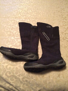 NORTHFACE WOMENS HYDROSEAL BOOTS