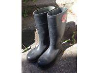Steel toe cap Bekina Wellies size 7