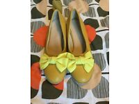 Yellow wedge retro style shoes small size 3.