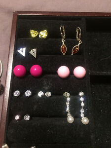 Brand new & excellent condition 9 pairs of earrings
