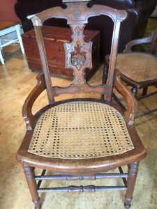 Set of 4 antique wooden chairs