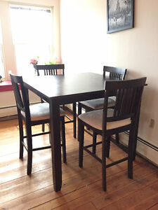 Dark wood square table with 4 high bar chairs